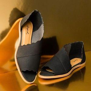 Shoes - Black Scalloped Ballerina Flats